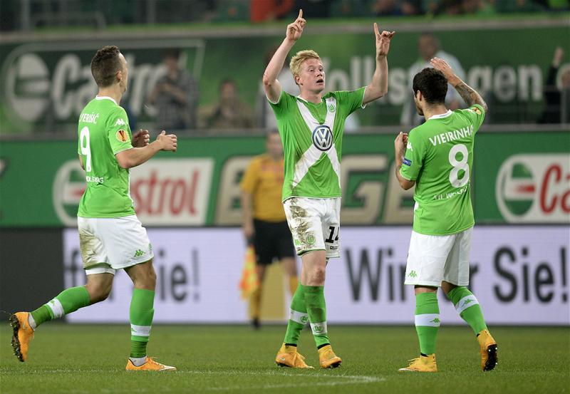 Editar el Wolfsburgo clásico en el PES