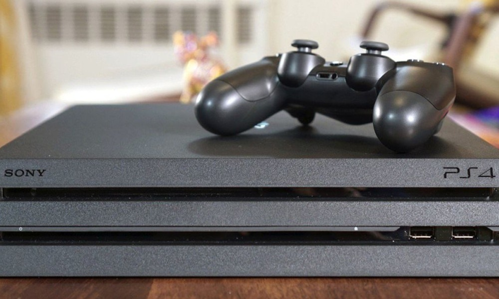 PS4 Pro: Chasis y características